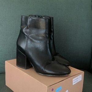 Black leather Sam Edelman ankle boots Size 5